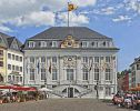https://commons.wikimedia.org/wiki/File:Bonn_-_Altes_Rathaus_am_Markt_%28tone-mapping,_retouched%29.jpg